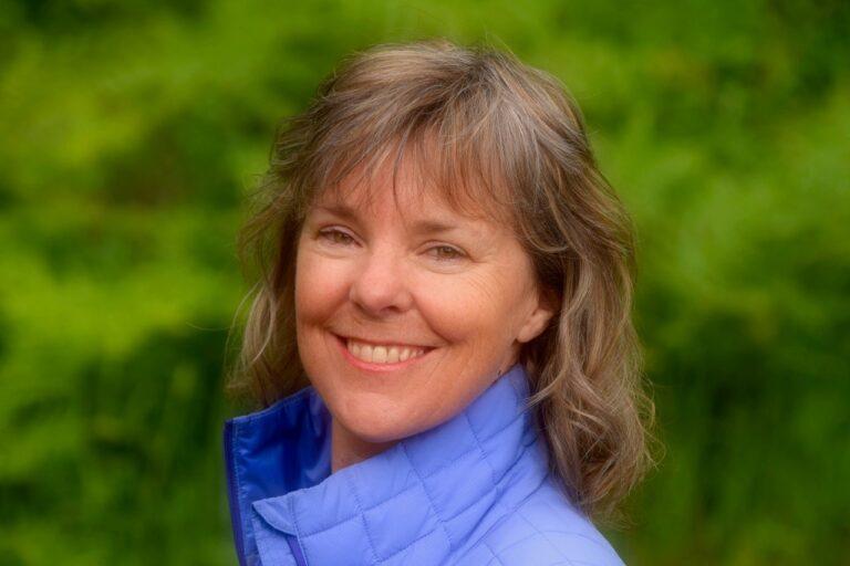 Susan-Purvis-Female-outdoor-adventure-keynote-speaker
